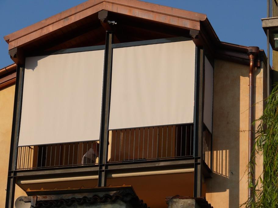 Tende Da Sole Con Guide Laterali.Centro Serramenti Milani Serramenti Malnate Tende Da Sole E Pergole